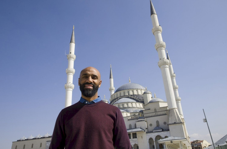 Кануте и мечеть